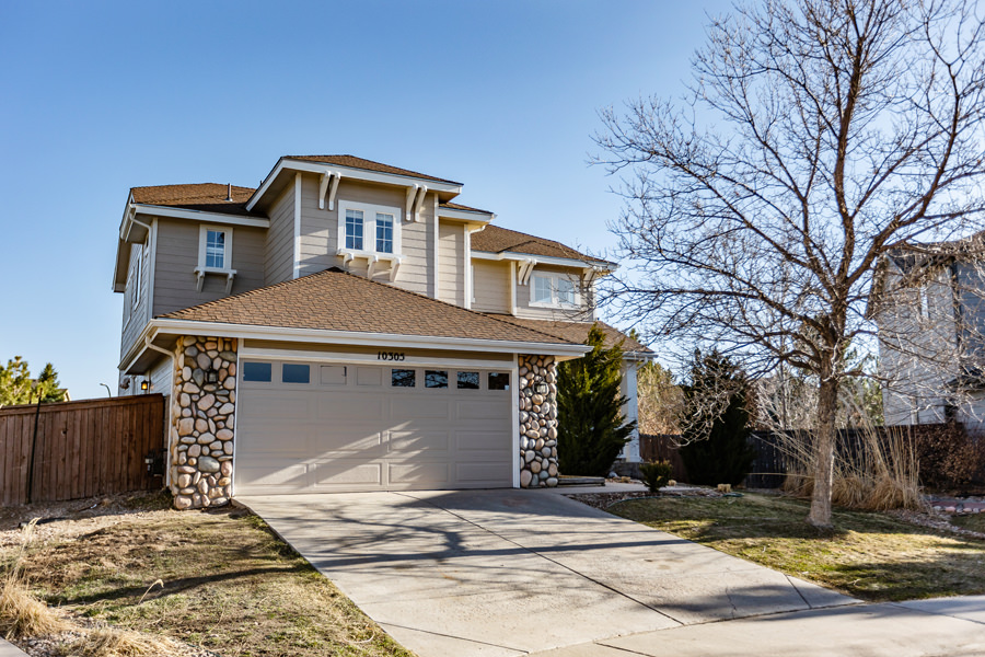 A Single Family House for Sale in Highlands Ranch Colorado